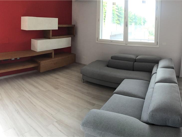 Il soggiorno di Chiara e Marco - soggiorno moderno componibile