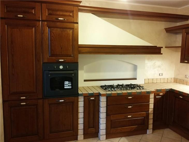 La cucina di Sabina - cucina in muratura con piastrelle